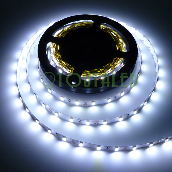 led strip ruban bande 5m 12v 300 led 5630 blanc froid non etanche 60 led m fr ebay. Black Bedroom Furniture Sets. Home Design Ideas